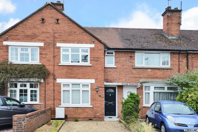 Thumbnail Terraced house to rent in Edward Avenue, Camberley
