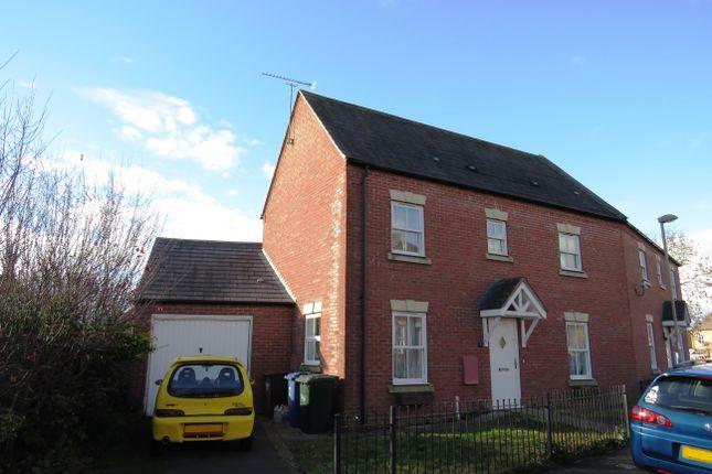 Thumbnail Semi-detached house to rent in Pitmaston Close, Banbury