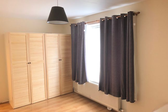Studio to rent in Challice Way, Tulse Hill SW2