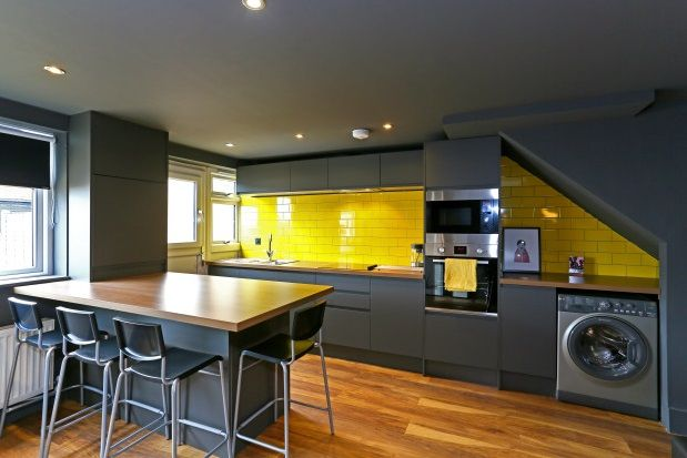 Thumbnail Room to rent in Alexandra Road, Wrexham