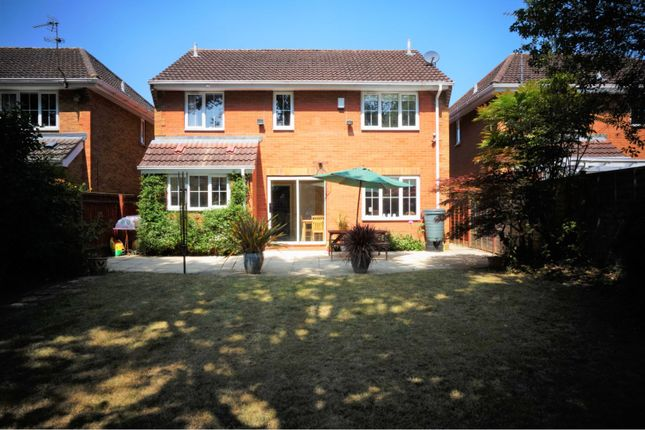 Thumbnail Detached house for sale in Greenidge Close, Reading