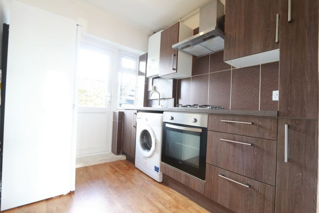 Thumbnail Flat to rent in Park Court, Park Road, Kingston Upon Thames