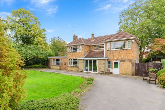 Thumbnail Detached house for sale in New Beacon Road, Grantham