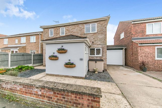 Thumbnail Detached house for sale in Broad Oaks Park, Colchester