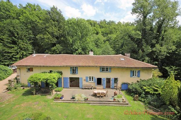 6 bed property for sale in Busserolles, Dordogne, 24360, France