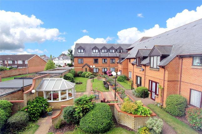 Breakspear Court, The Crescent, Abbots Langley WD5