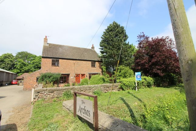 Thumbnail Cottage to rent in Low Dinsdale, Darlington