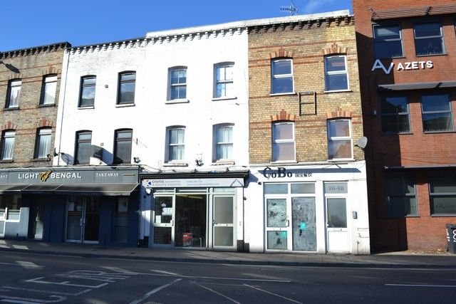 Thumbnail Retail premises for sale in Andover Road, Winchester
