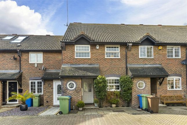 Thumbnail Terraced house for sale in Maple Leaf Square, London