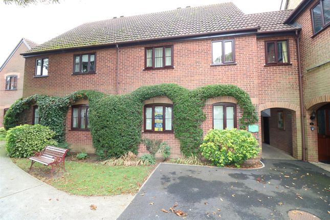 Thumbnail Flat for sale in The Cloisters, Rectory Road, Rushden