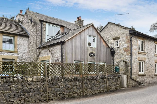 Thumbnail Terraced house for sale in Manchester Road, Tideswell, Buxton