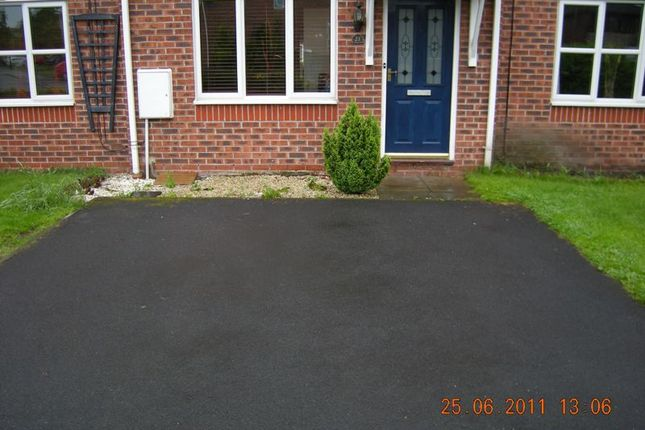 Thumbnail Terraced house to rent in 2 Bed, Townhouse, Swallowfields, Chadderton