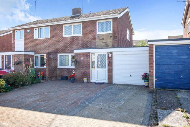 Thumbnail Link-detached house for sale in Frensham Drive, Bletchley, Milton Keynes