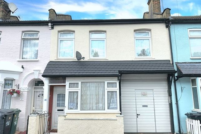 Thumbnail Property for sale in Myrtle Road, London