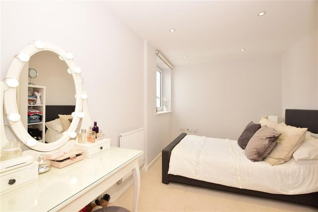 Bedroom 2 of Station Avenue, Wickford, Essex SS11