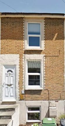 Thumbnail Shared accommodation to rent in Melville Road, Maidstone, Kent