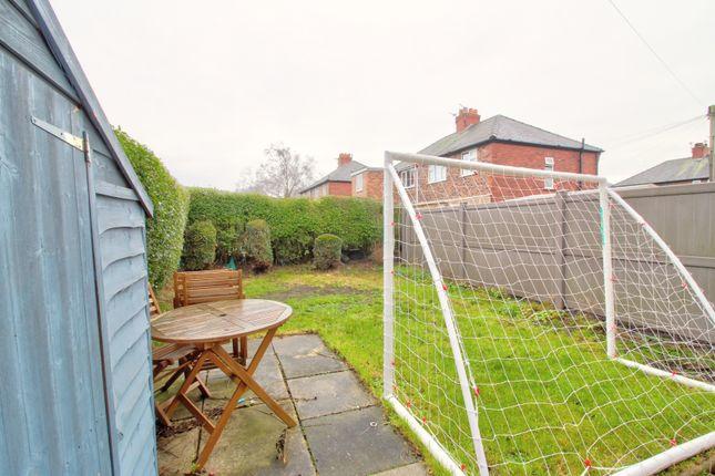 Garden of Croft Road, Sale M33
