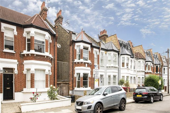 Picture No. 24 of Queensmill Road, London SW6