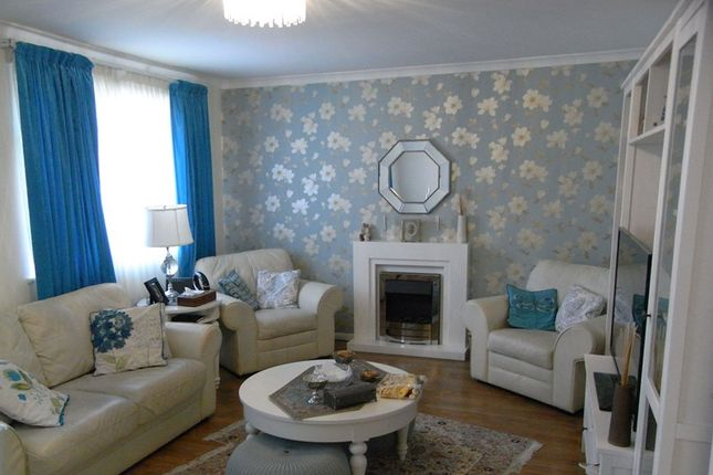 Thumbnail Flat to rent in Ronald Court, 95 Hadley Road, Barnet, Hertfordshire