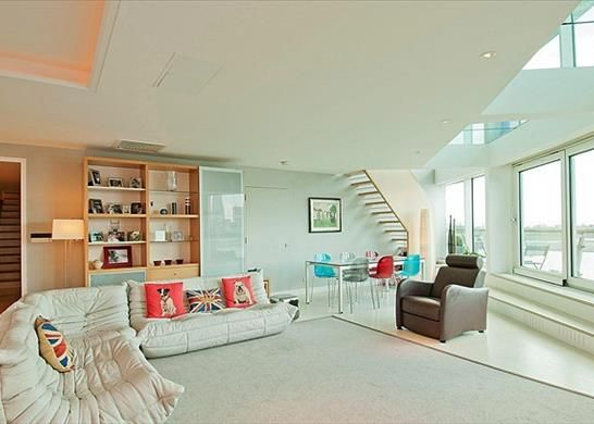 Thumbnail Flat to rent in Cinnabar Wharf Central, Wapping, London