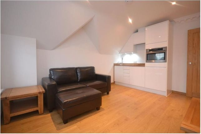 1 bed flat to rent in Whitley Street, Reading