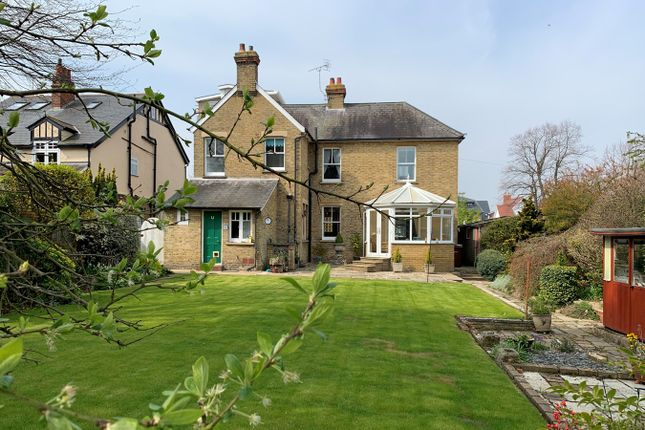 Thumbnail Detached house for sale in The Causeway, Great Baddow, Chelmsford