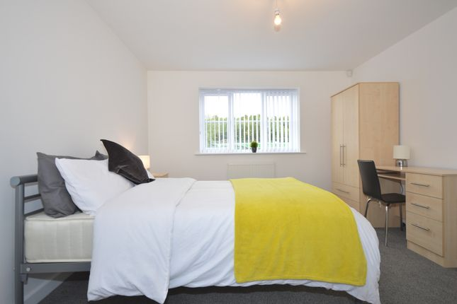 Thumbnail Flat to rent in Lyme Valley Road, Newcastle Under Lyme