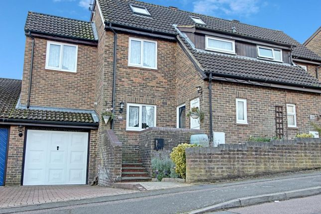 Thumbnail Semi-detached house for sale in Lapwing Rise, Stevenage