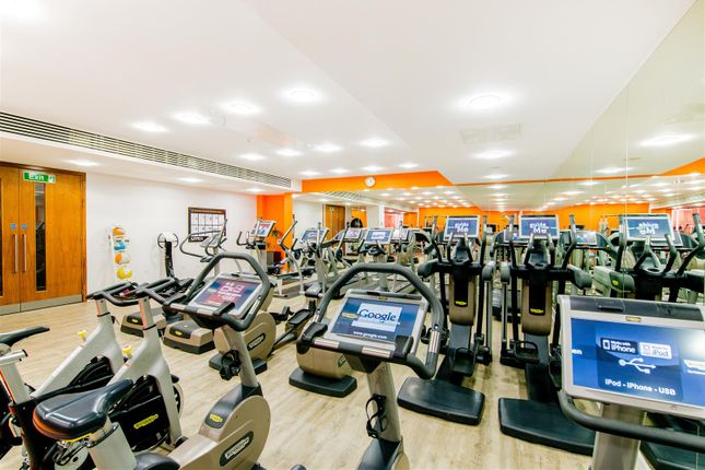 On-Site Gym of Hepworth Court, Grosvenor Waterside, 30 Gatliff Road, Chelsea, London SW1W
