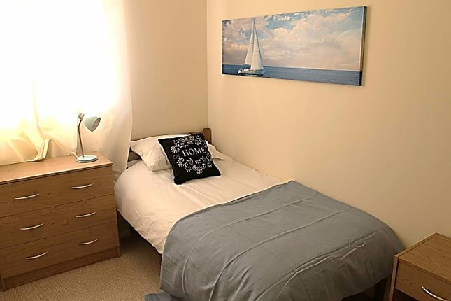 Thumbnail Flat to rent in Hopmeadow Court, Northampton