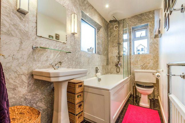 Family Bathroom of Rosemont Road, Acton W3