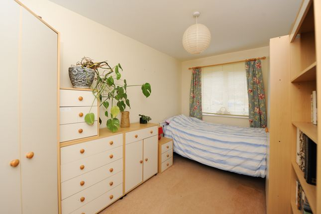 Bedroom 2 of Oliver House, Wain Avenue, Chesterfield S41
