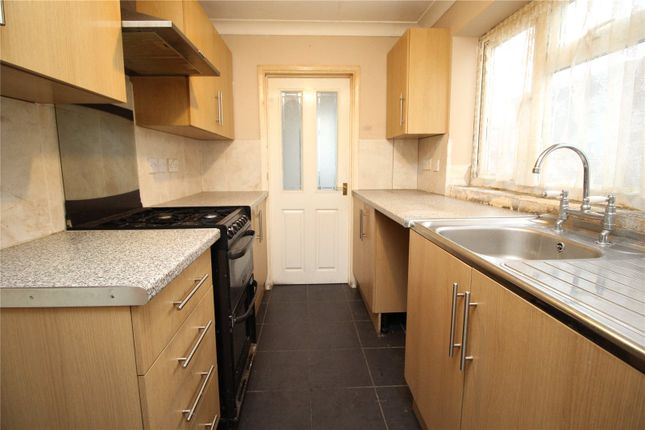 Thumbnail Detached house to rent in Cobham Street, Gravesend, Kent