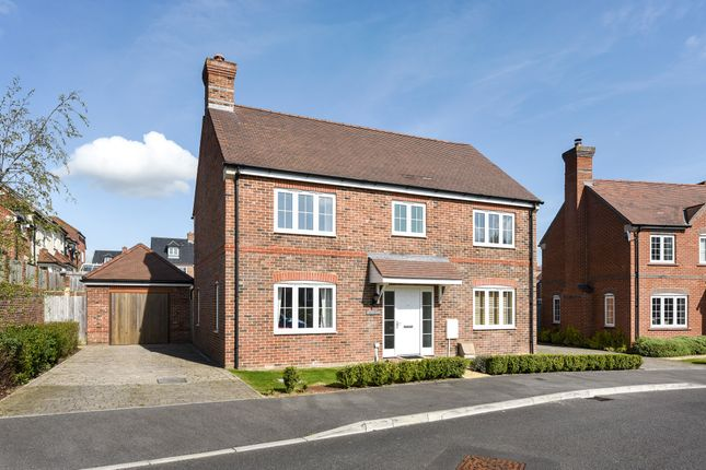 Thumbnail Detached house for sale in Greenham, Thatcham