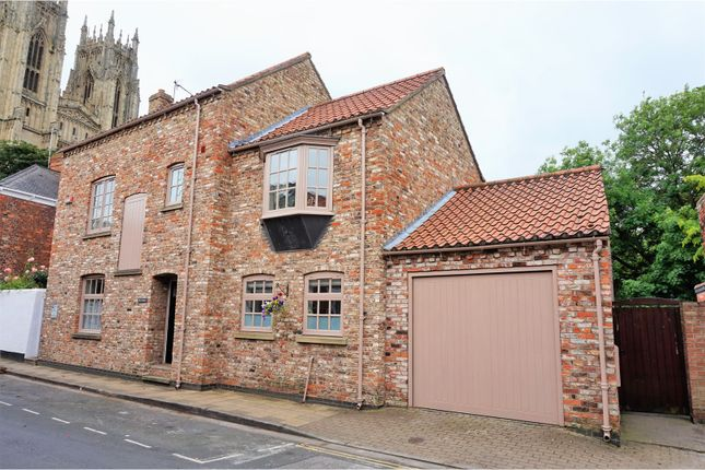 Thumbnail Detached house for sale in Minster Moorgate, Beverley