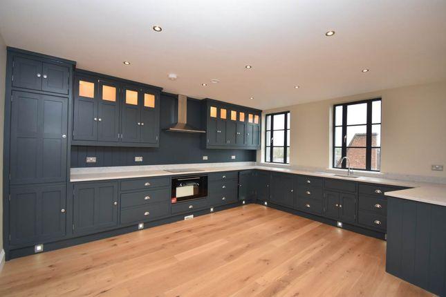 Thumbnail Flat to rent in Southbrook House, 25 Bartholomew Street, Newbury
