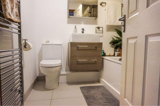 Bathroom of Shuna Street, Glasgow G20