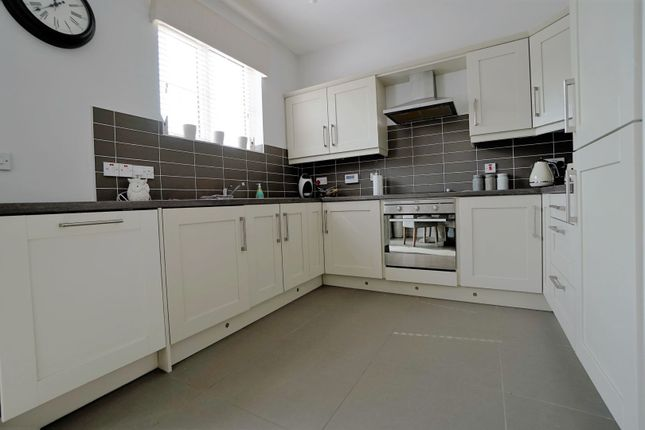Kitchen of Linen Road, Bangor BT19