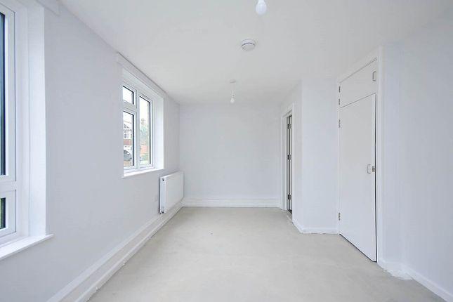Thumbnail Flat to rent in Crown Lane, Bromley