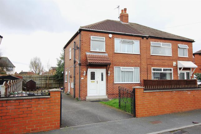 Thumbnail Property for sale in Dunhill Crescent, Halton, Leeds
