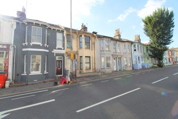 Thumbnail Property to rent in Beaconsfield Road, Brighton