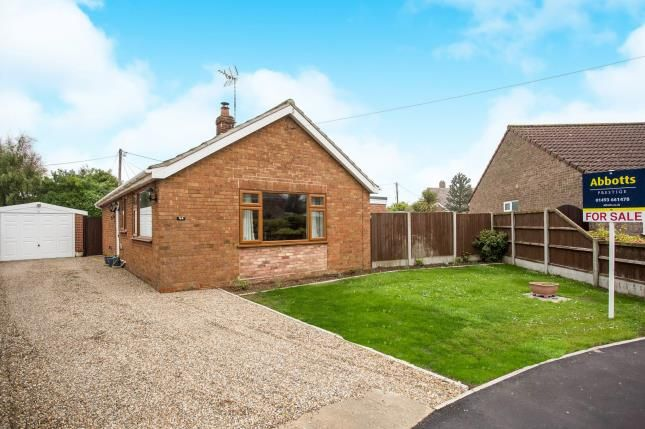 Thumbnail Bungalow for sale in Scratby, Great Yarmouth, Norfolk
