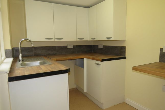 Thumbnail Property to rent in Queens Place, Mill Road, Great Yarmouth