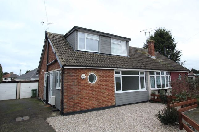 3 bed property to rent in Whitelands Close, Wickford SS11