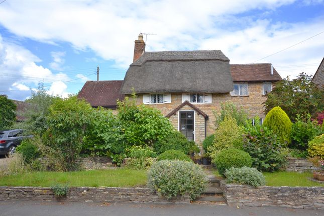 Thumbnail Detached house for sale in Little Dean Cottage, Binton, Stratford Upon Avon