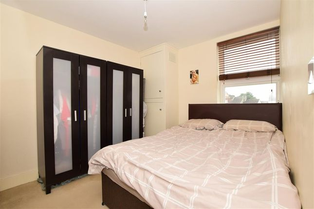 Bedroom of Melville Road, Maidstone, Kent ME15