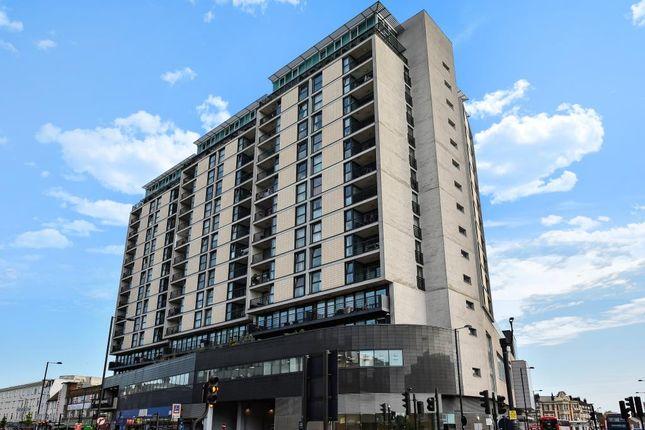 External View of 100 Kingsway, London N12
