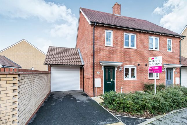 Thumbnail Semi-detached house for sale in Trowel Place, Colchester