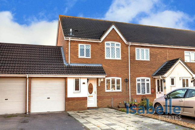 Thumbnail Semi-detached house for sale in Kayser Court, Biggleswade
