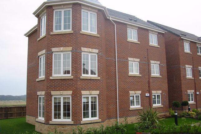 2 bed flat to rent in Cavalier Court, Woodfield Plantation, Doncaster, South Yorkshire